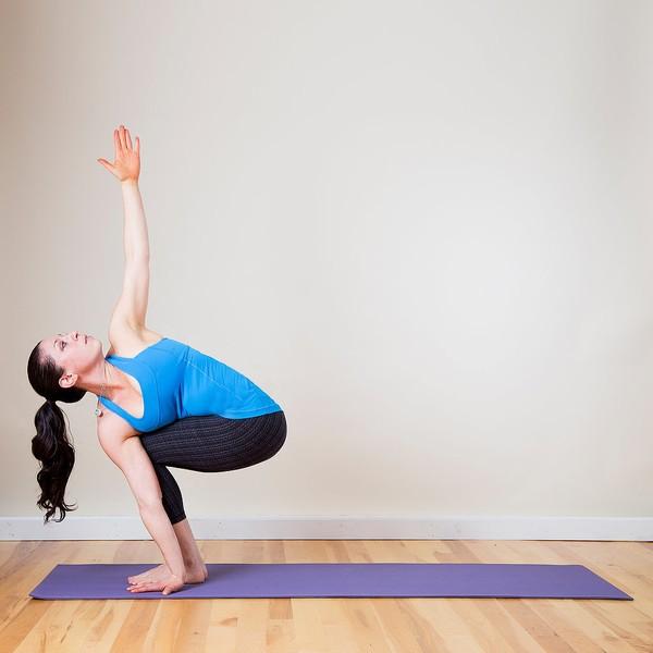 Các tư thế tập yoga giúp bạn luôn khỏe, ít bị cảm lạnh
