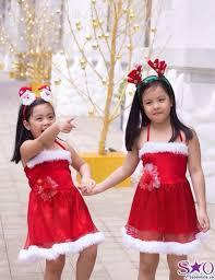 Cách chọn trang phục cho bé cùng đón giáng sinh