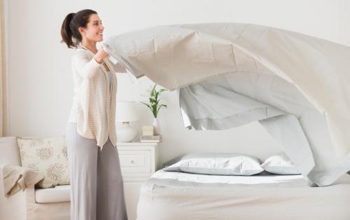 Cách khử mùi hôi chăn gối lâu ngày không sử dụng