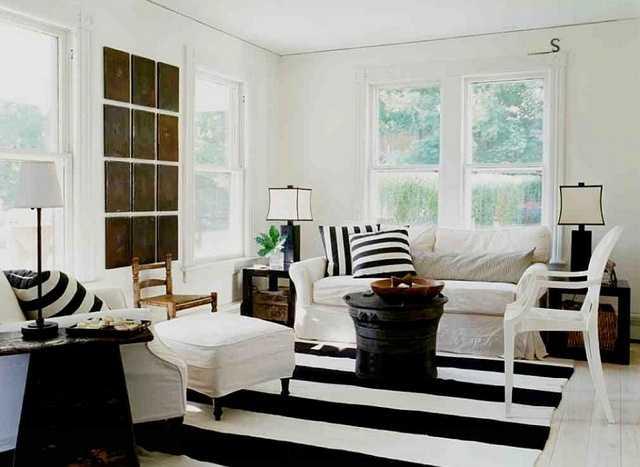 Gam màu đen trắng cơ bản sự lôi cuốn cho phòng khách
