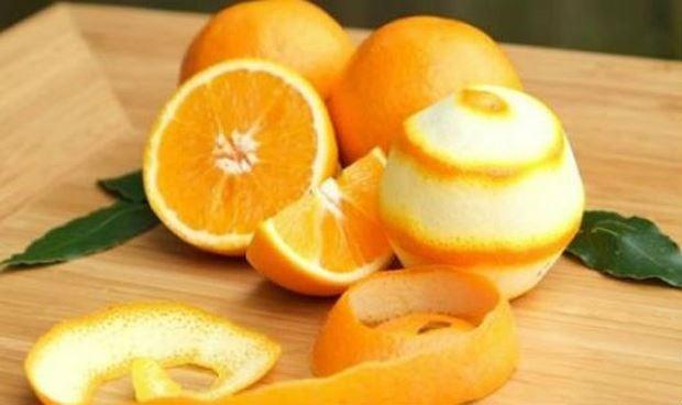 Mách bạn mẹo dùng vỏ cam, tỏi đuổi muỗi hiệu quả