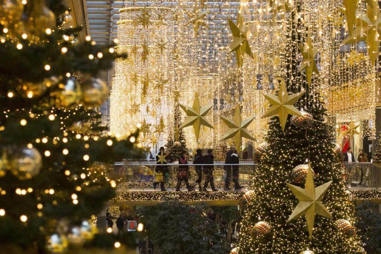 Mẫu dây đèn chớp món đồ không thể thiếu trong mùa Noel