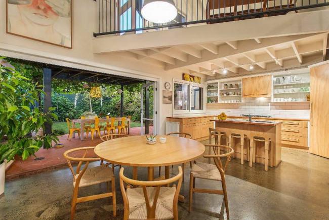 Phong cách thiết kế nhà bếp ở tầng 1 xinh lung linh