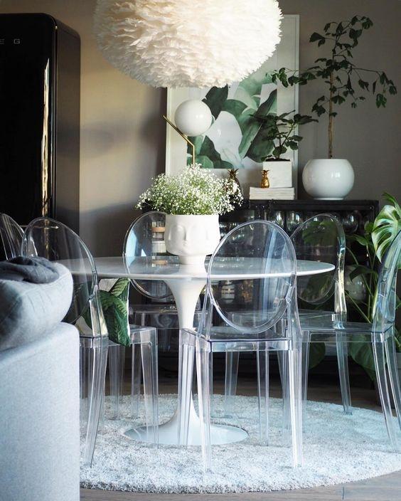Ứng dụng vẻ đẹp tinh tế của nội thất trong suốt