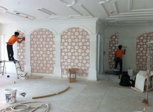 Cách lau chùi giấy dán tường hiệu quả cho nhà sạch đón tết