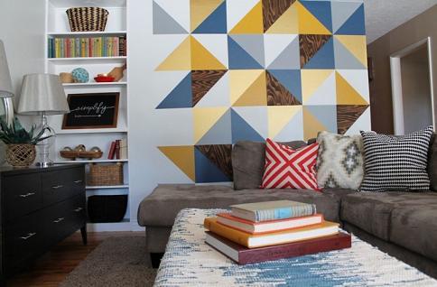 Tạo điểm nhấn cho bức tường phòng khách ấn tượng