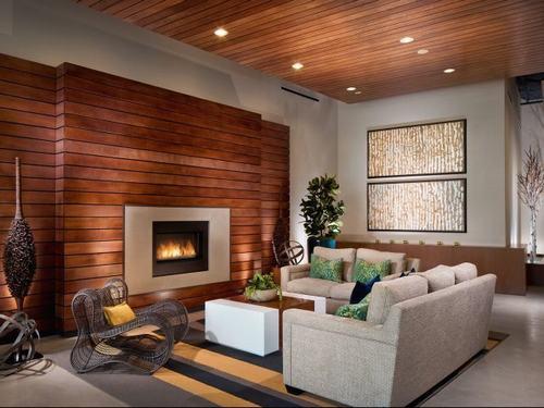 Trang trí phòng khách ấm áp với tường ốp gỗ